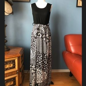 Vintage black &white tank maxi dress made in Italy